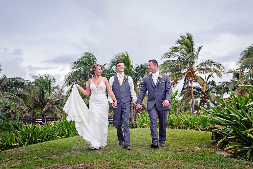 Royalton-Riviera-Cancun-Destination-Wedding-Karen-Michael-0010