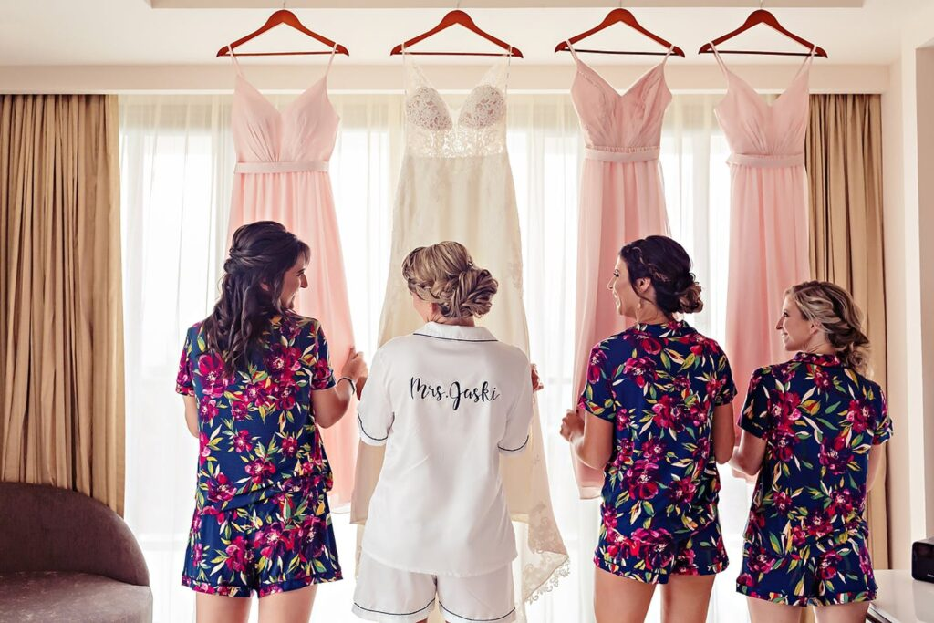 Royalton-Riviera-Cancun-Destination-Wedding-Karen-Michael-002